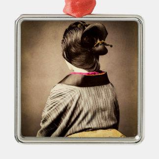 Schönes Geisha-Profil von hinterem Vintagem Japan Quadratisches Silberfarbenes Ornament