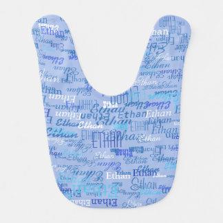 schönes Muster der Jungennamen im Blau Lätzchen