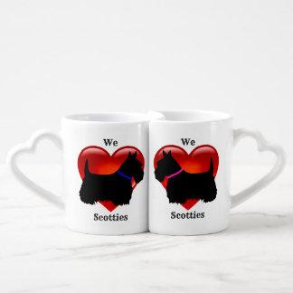 Schottischer Terrier, Schottland-Hund, rotes Liebestassen