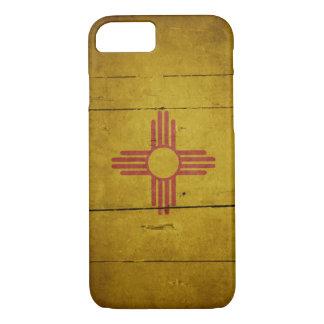 Schroffe hölzerne New Mexiko-Flagge iPhone 8/7 Hülle