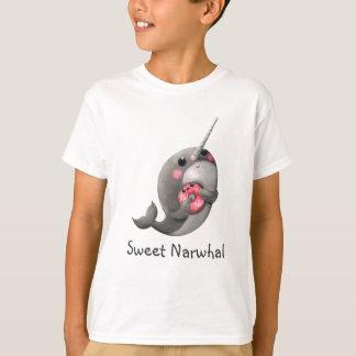 Schüchternes Narwhal mit Krapfen T-Shirt