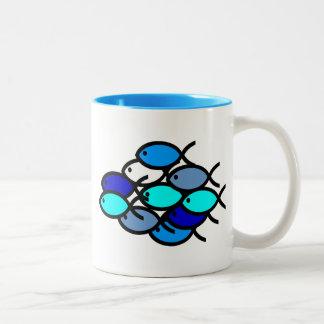 Schule der christlichen Fisch-Symbole - Blau - Zweifarbige Tasse