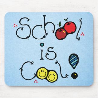 Schule ist cool mousepad
