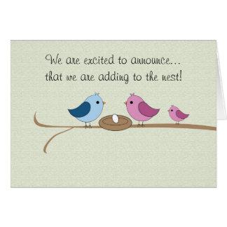 Schwangerschafts-Mitteilung, die das Nest füllt Grußkarte