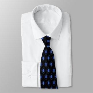 Schwarz u. Blau eingepackt - in der Krawatte
