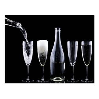 Schwarz-weiße Champagne-Flaschen-Flöten-Gläser Postkarten