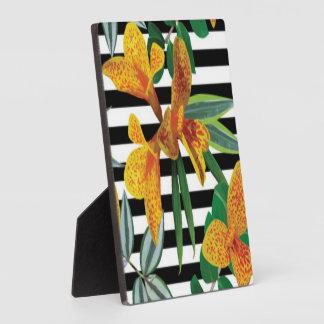 Schwarz-weiße Streifen-gelber Blumenmuster Entwurf Fotoplatte