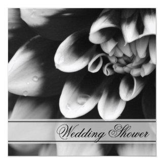 Schwarz-weißer Dahlie-Paar-Polterabend laden ein Quadratische 13,3 Cm Einladungskarte