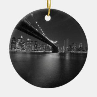Schwarz-weißer New York CitySkyline Keramik Ornament