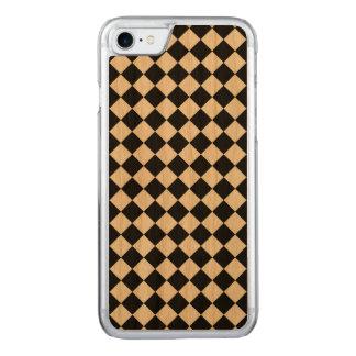 Schwarz-weißes Diamant-Schachbrett Carved iPhone 8/7 Hülle
