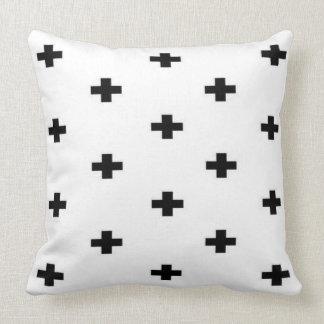 Schwarz-weißes Schweizer Quermuster Kissen