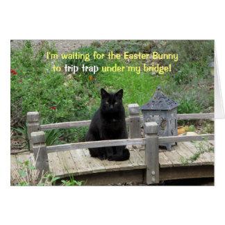 Schwarze Katze wartete auf Brücken-Ostern-Karte Karte