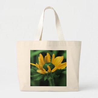 Schwarze mit Augen Susan auf grüner Blume Jumbo Stoffbeutel