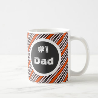 Schwarze orange und weiße Diagonale Stripes Vati Tasse