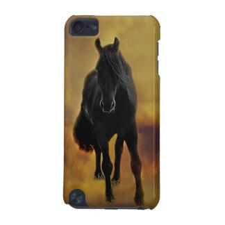 Schwarze PferdeSilhouette iPod Touch 5G Hülle