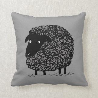 Schwarze Schafe Kissen