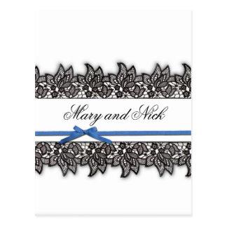 Schwarze Spitze und blaues Band Postkarte