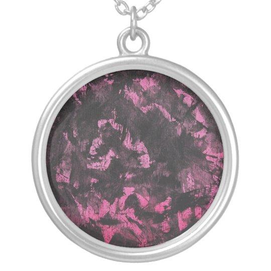 Schwarze Tinte auf rosa Hintergrund Halskette Mit Rundem Anhänger