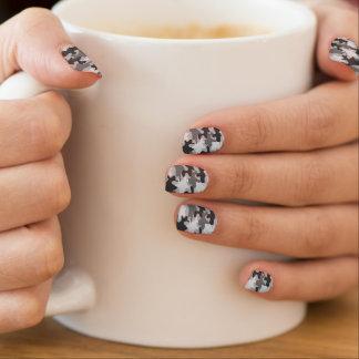 Schwarze und graue Camouflage-Tarnung Trendy Minx Nagelkunst
