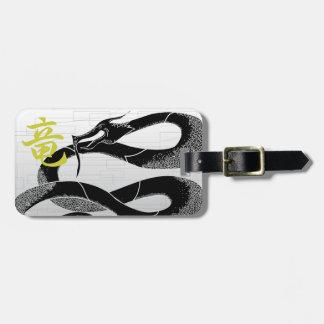 Schwarzer japanischer Drache-Weiß-Hintergrund Kofferanhänger
