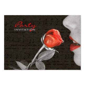 schwarzer Musiknoten lädt rotes verlockendes 12,7 X 17,8 Cm Einladungskarte