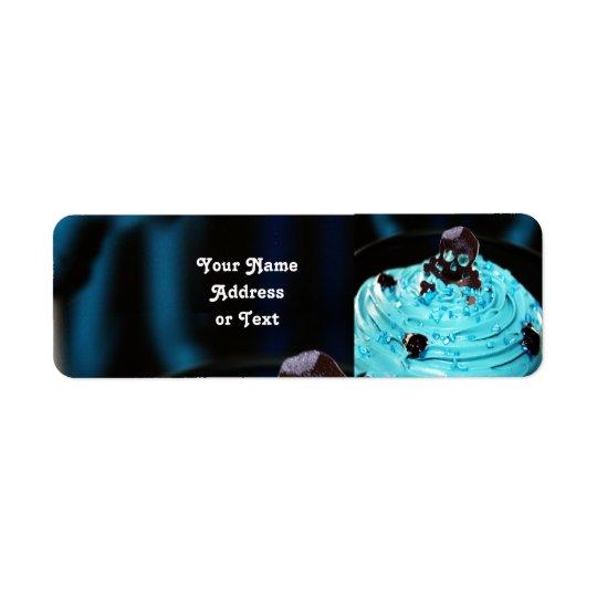 Schwarzer Schädel auf blauem Zuckerglasur-kleinem Rücksendeetiketten