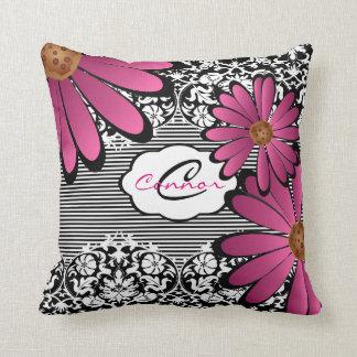 Schwarzer, weißer u. rosa Blumendamast u. Streifen Kissen