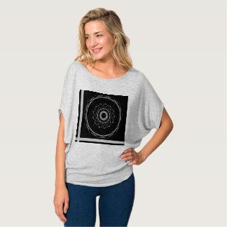Schwarzes abstraktes T-Shirt