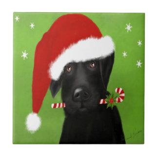 Schwarzes Labrador - lustiger Weihnachtshund Keramikfliese