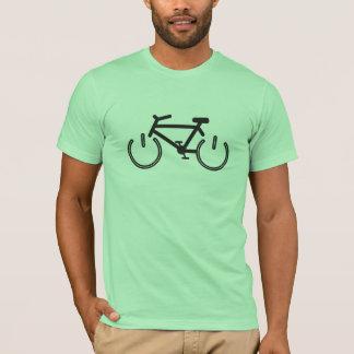Schwarzes Power-Fahrrad mit weißen Kanten T-Shirt