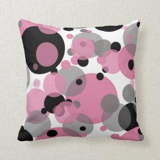 Schwarzes Rosa sprudelt weißes Wurfs-Kissen Kissen