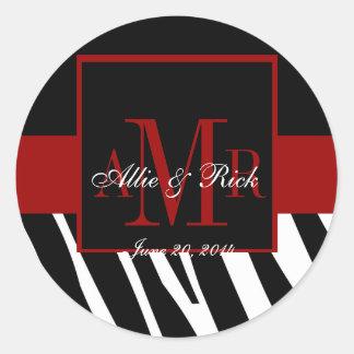 Schwarzes Zebra-Monogramm nennt Hochzeits-Bevorzug Runder Sticker