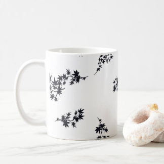 Schwarzweiss-Blätter Kaffeetasse