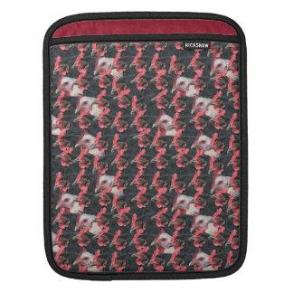 Schwarzweiss-Huhnmischung iPad Sleeves