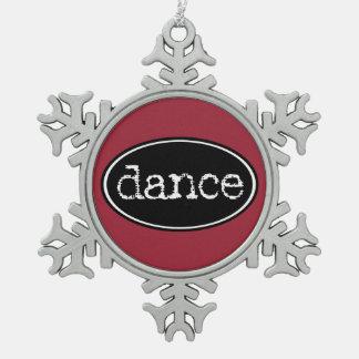 Schwarzweiss-Tanz-Oval Schneeflocken Zinn-Ornament