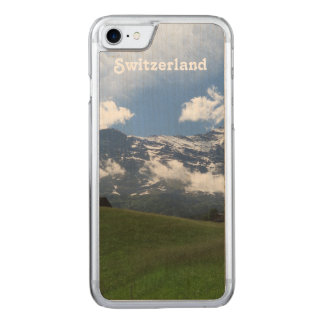 Schweizer Landschaft Carved iPhone 8/7 Hülle