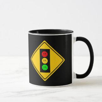 Schwermütiger Stoplight voran Tasse