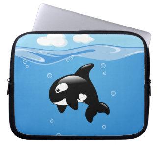 Schwertwal-Wal im Ozean Laptop Sleeve
