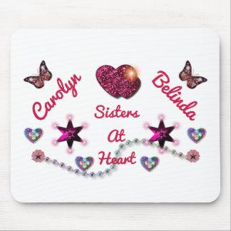 Schwestern am Herzen LYLAS Mousepad