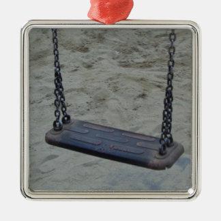 Schwingen am Spielplatz, Sommer-Sand-Strand Quadratisches Silberfarbenes Ornament