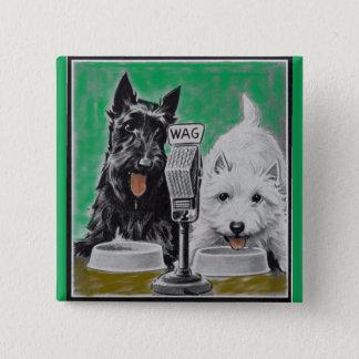 Scottie verfolgt Blackie und Whitie auf dem Radio Quadratischer Button 5,1 Cm