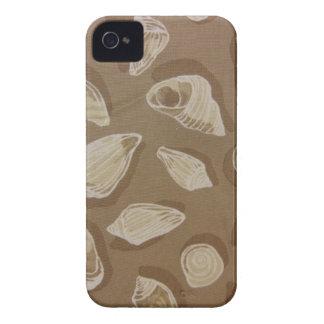 Seashells im Sand iPhone 4 Case-Mate Hülle