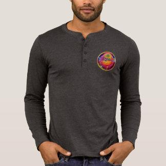 See-Abfluss StarBursT™ Portal auf hinterem langem T-Shirt
