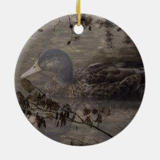 See-Teich-Wildente des ursprünglichen Landes im Rundes Keramik Ornament
