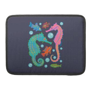 Seepferde und Fisch-Schwimmen in einem Ozean der Sleeve Für MacBook Pro