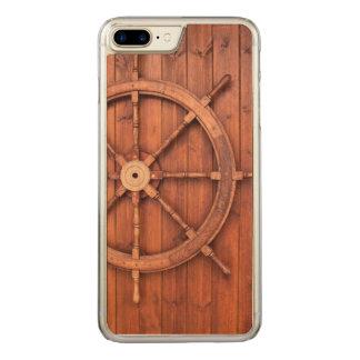 Seeschiffs-Helm-Rad auf hölzerner Wand Carved iPhone 8 Plus/7 Plus Hülle