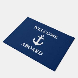 Seewillkommen an Bord des Marine-Blaus Türmatte
