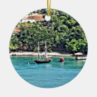 Segelboot in der Bucht Keramik Ornament
