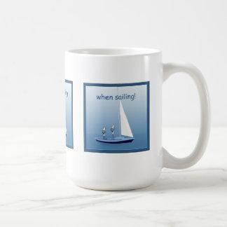 Segelboot-Segeln-Seemann-Gebets-lustige Tasse