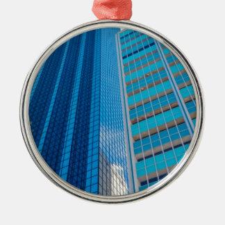 Sehenswürdigkeiten Rundes Silberfarbenes Ornament